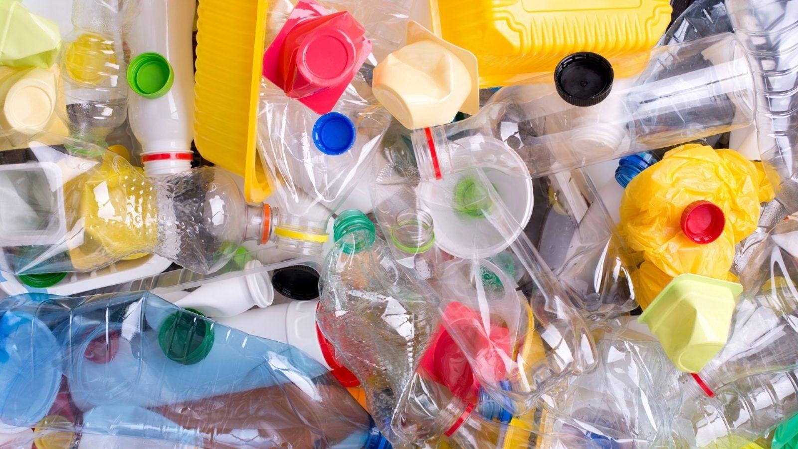 Getting clean on plastic packaging