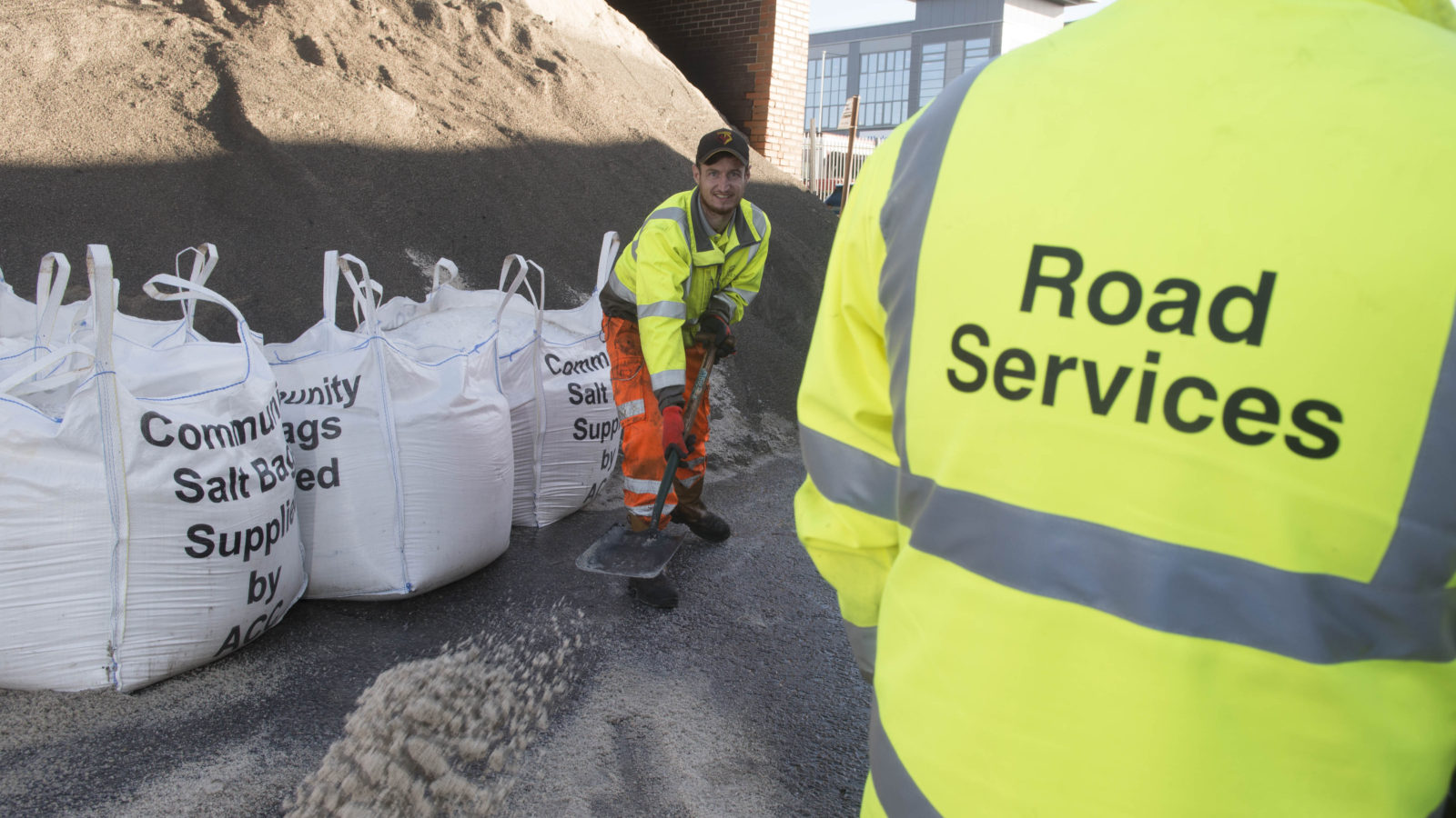 Residents urged to band together and get a free one-tonne community salt bag – before November 15