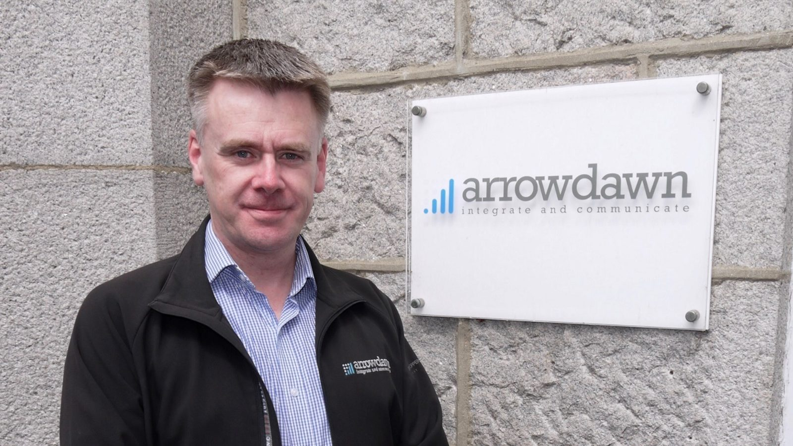 Contract wins for networks and communications specialist Arrowdawn