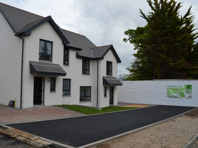 Springfield becomes first UK housebuilder to debut plastic road